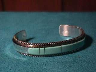 Native American Zuni Pueblo turquoise sterling silver cuff bracelet