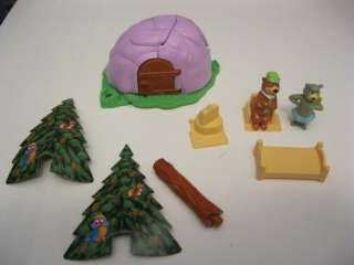 Yogi Bear Toy Display with Boo Boo and Building and Tables with