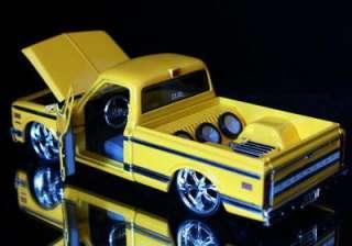 1972 Chevy Cheyenne Pickup DUB CITY Diecast 124 Yellow