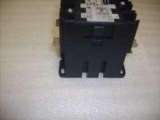 Square D 8910 DPA62 60A Definite Purpose Contactor