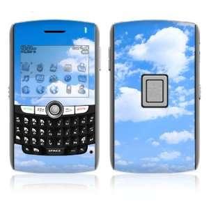 BlackBerry World 8800/8820/8830 Vinyl Decal Skin   Clouds