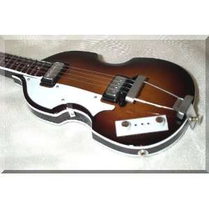 PAUL McCARTNEY Miniature Mini Bass Hofner Beatles: Musical