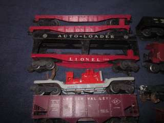 LIONEL TRAINS POSTWAR FREIGHT CARS LOT