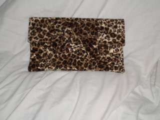 NEW LARGE ANIMAL LEOPARD CHEETAH PRINT CLUTCH BAG HAND |