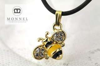 A41 Cute Crystal Bee Charm Pendant Necklace (+Gift Box)