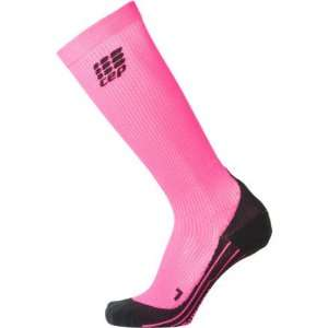 CEP Running Compression Sock   Womens Pink, III/M(32 28cm