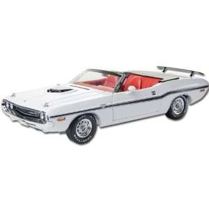 1970 Dodge Challenger R/T Convertible 1/18 Diecast Car