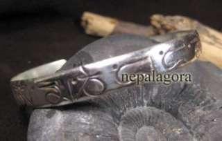 B18 Tibetan Om Many Padme Hum chant Mantra handmade carved BRACELET