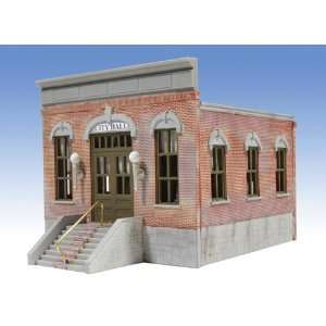 Buildings Unlimited O Ameri Towne City Hall Kit: Toys & Games