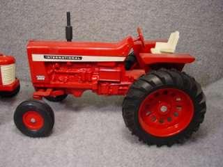 Two Ertl International Tractors 116 scale   350 Utility, Farmall 856