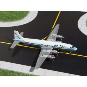 Gemini Jets United Air Lines DC 6 Model Airplane