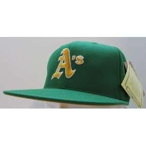 Vintage Oakland Athletics Retro Snapback Cap