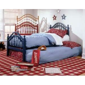 Bed Group Springhill Poster Bed in Honey Maple Furniture & Decor