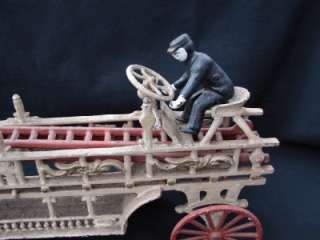 1950s PAINTED CAST IRON HORSE DRAWN FIRE FIGHTER TOY