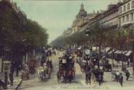 Late 1800s Paris, France crowded street scene PHOTO