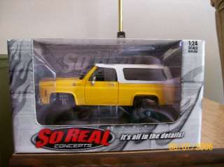 AMT Chevy Rollback Wrecker Tow Truck 125 scale