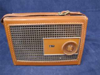 Vintage Philco Leather Transistor Radio Model T802 124