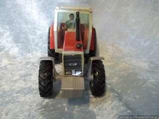 Britains 9520 Massey Ferguson Tractor MF2680