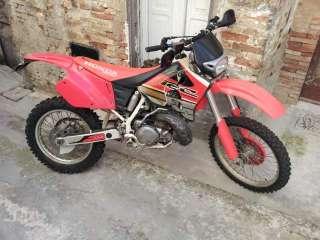 Honda cre250 2t enduro 96 usata a Pescara    Annunci