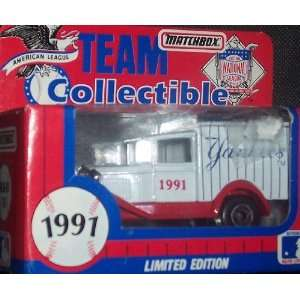 Diecast 164 Scale Ford Model A Delivery Truck White Rose Baseball
