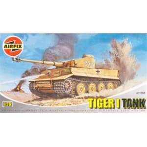 76 Tiger I Tank Clearance (Plastic Model Vehicle): Toys & Games