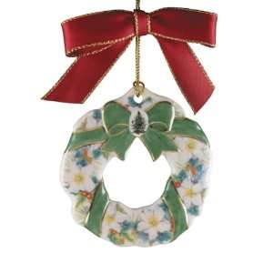 Spode Christmas Tree Ornament 2004 Wreath