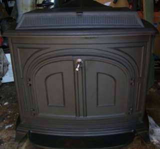 Vermont Castings VIGILANT Wood Parlor Stove P UP CT Connecticut